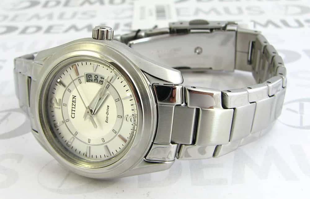 đồng hồ Citizen FE1010-57B