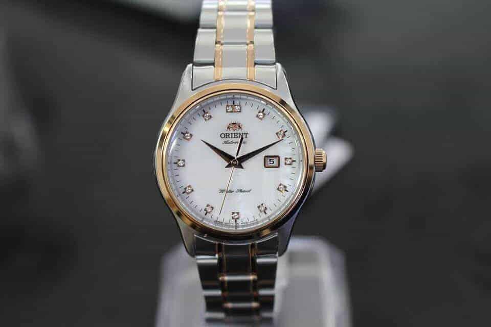 đồng hồ nữ Orient FNR1Q001W0 dây kim loại