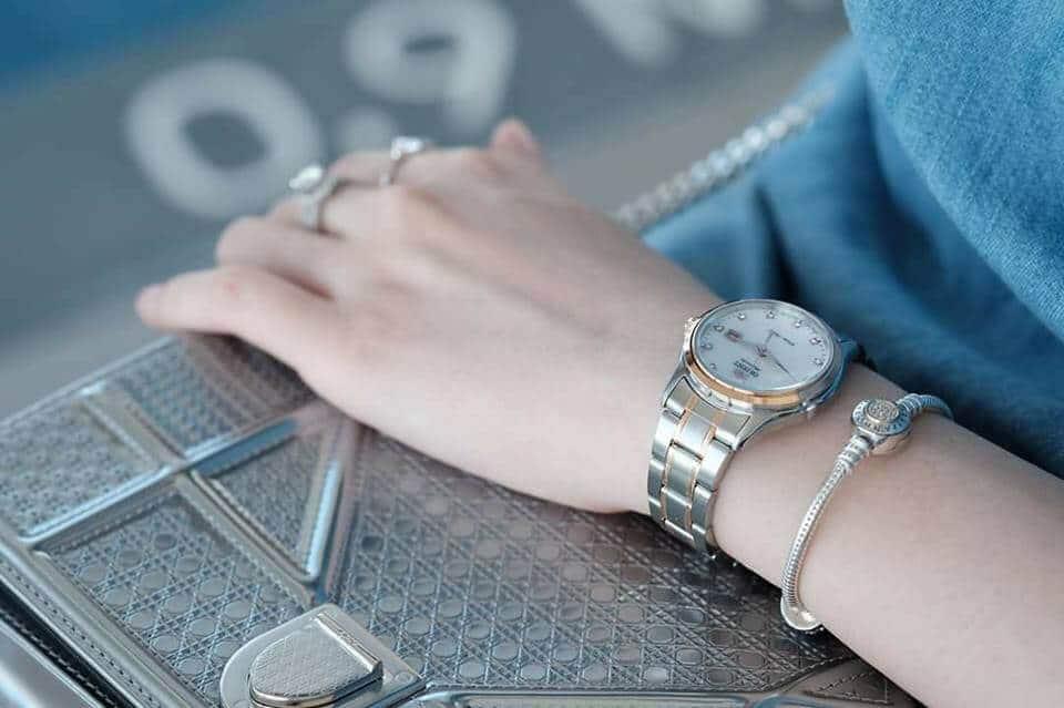 địa chỉ mua đồng hồ Orient FNR1Q001W0 chính hãng