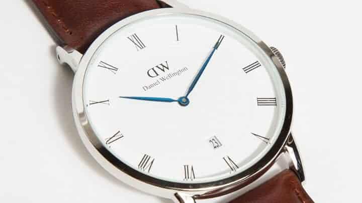 đánh giá đồng hồ DW Dapper kim xanh