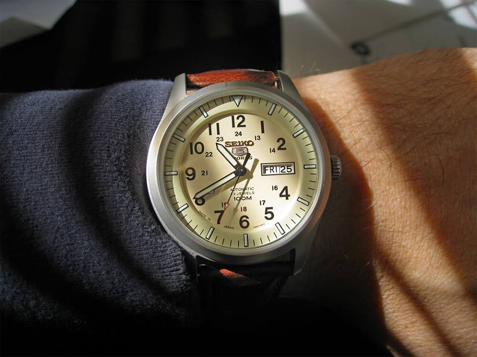 đồng hồ Seiko SNZG07J1 giá rẻ