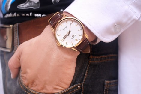 đồng hồ Longiness