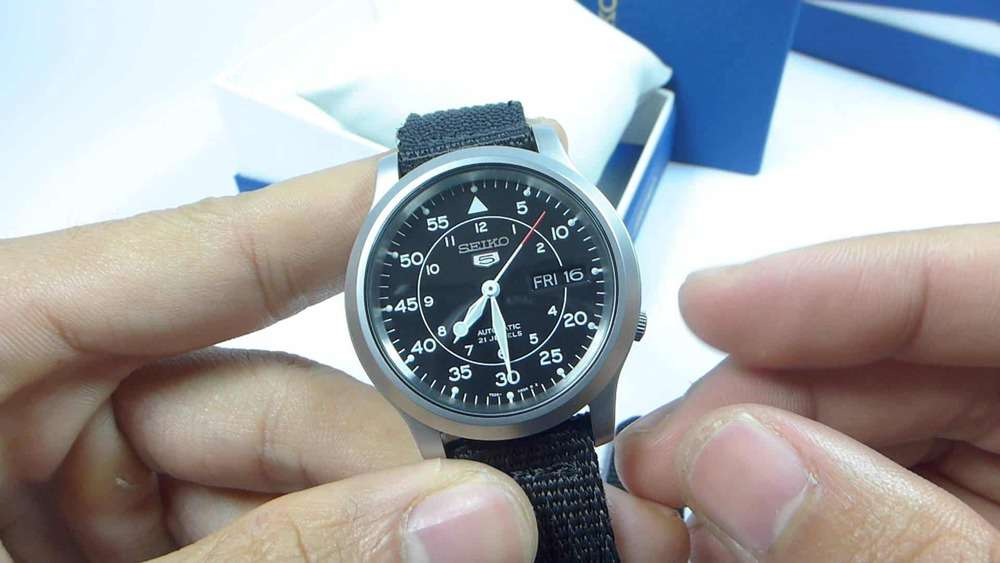 cách sử dụng đồng hồ Seiko 5