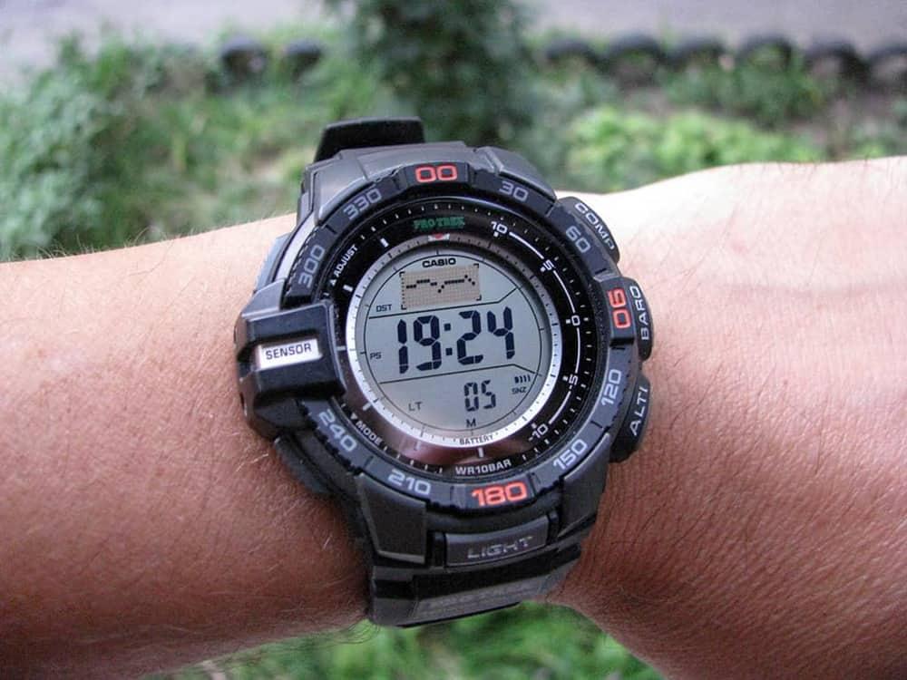 đồng hồ casio protrek
