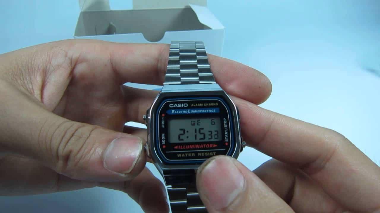 đồng hồ casio vintage màu bạc