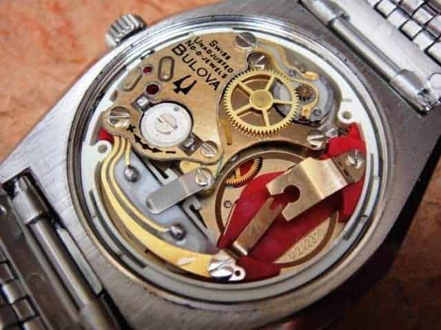 các loại máy đồng hồ