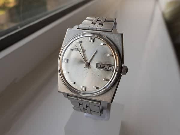 Đồng hồ Citizen cổ automatic