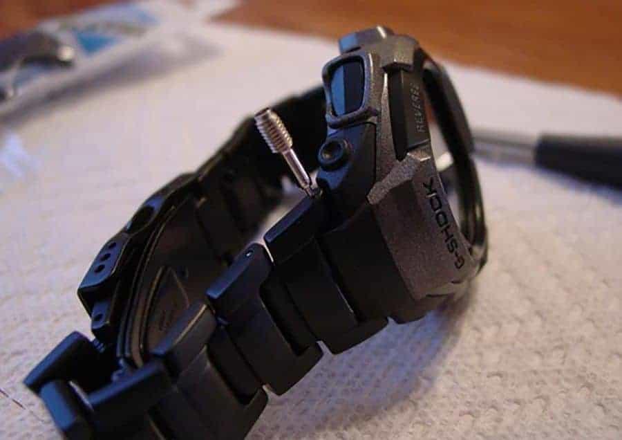 thay dây đồng hồ casio g-shock